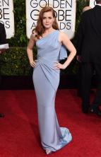 I loved this gown with her hair color.
